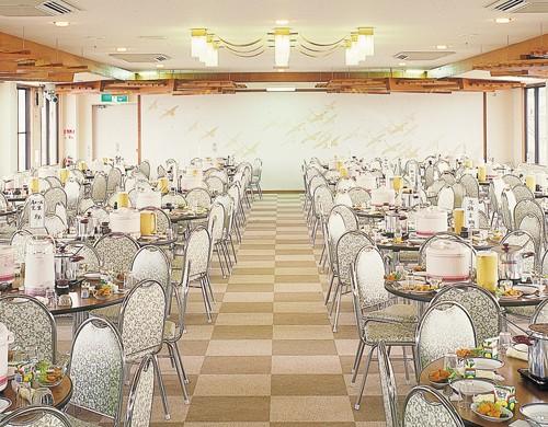 レストラン 冨之里・食事・土産10%引